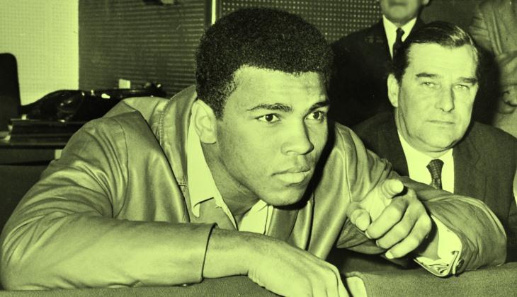 Muhammad Ali, Tentang Menjadi Muslim, Perang, dan Guyonannya Terhadap Para Pesepakbola