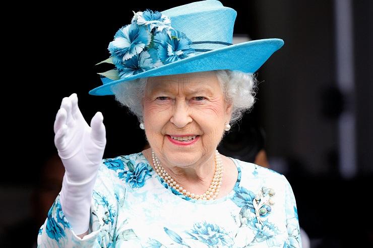 Ratu Inggris Diam-Diam Mendukung Arsenal