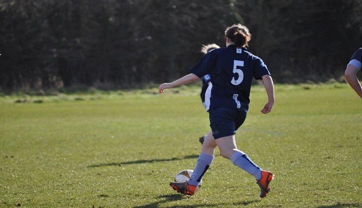 Women on Top: (Jangan) Meremehkan Sepakbola Perempuan