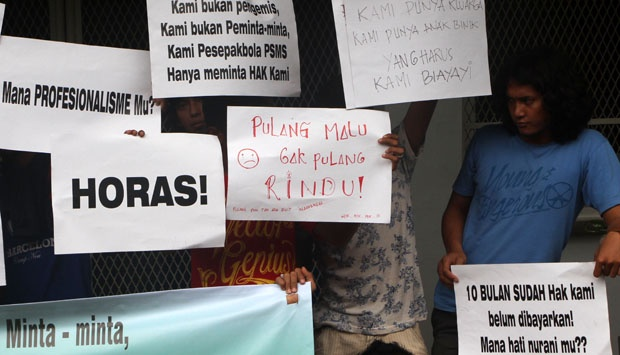 Pesepakbola Indonesia, Belajarlah Pada Serikat Buruh!