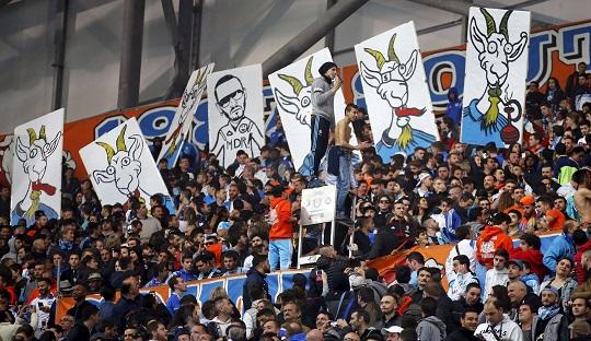 Aksi yang ditunjukan oleh pendukung Marseille