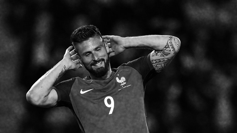 Olivier Giroud dan Tekanan yang Harus Dihadapinya