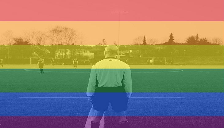 Dilecehkan, Wasit Gay Pilih Pensiun