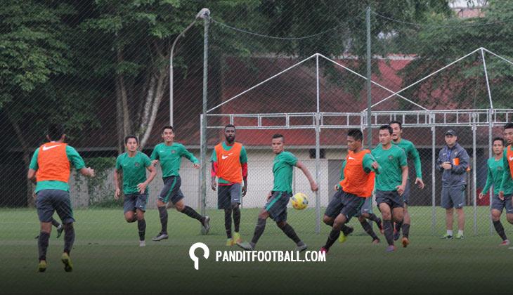 Pengaruh Lapangan dan Cuaca di Latihan atau Pertandingan Timnas Indonesia