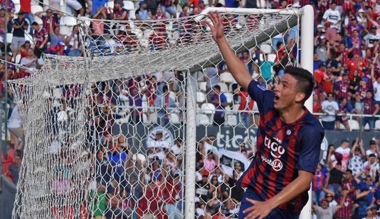 Pemuda Empat Belas Tahun Cetak Gol di Superclasico Paraguay