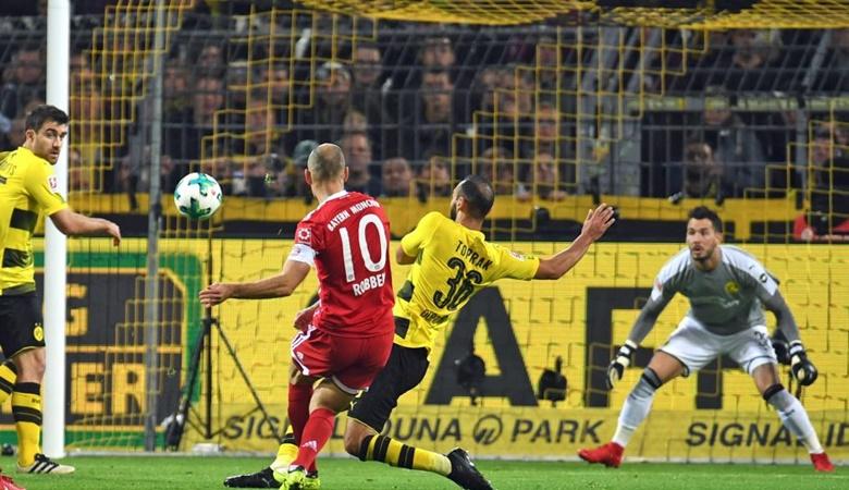 Bayern Unggul Segalanya di Kandang Dortmund