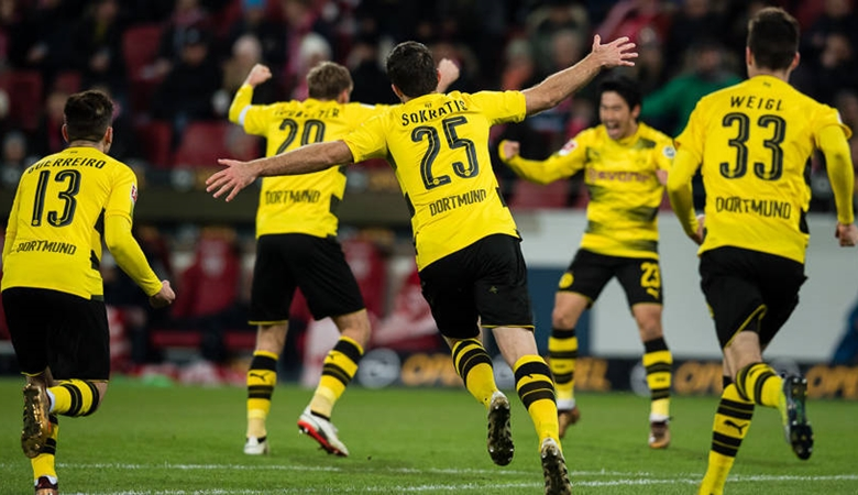 Debut Manis Stöger Bersama Borussia Dortmund