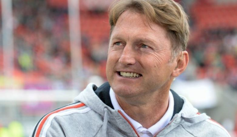 Pelatih RB Leipzig Tak Tampik Isu Gantikan Arsene Wenger