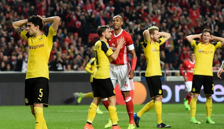 Pakai Skema Tiga Bek, Dortmund Tetap Kalah