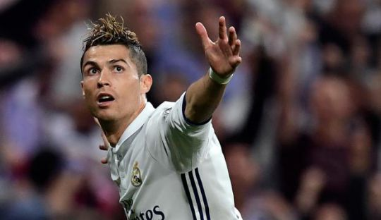 Ini Kata Rio Ferdinand Jika Cristiano Ronaldo Pensiun