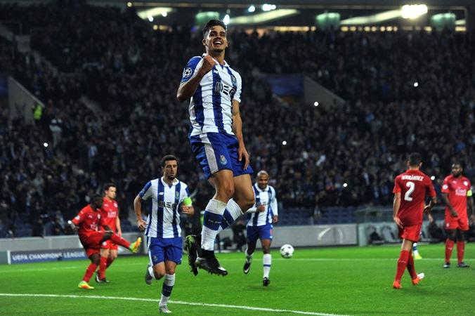 Andre Silva Gemilang, FC Porto Bungkam Leicester City 5-0