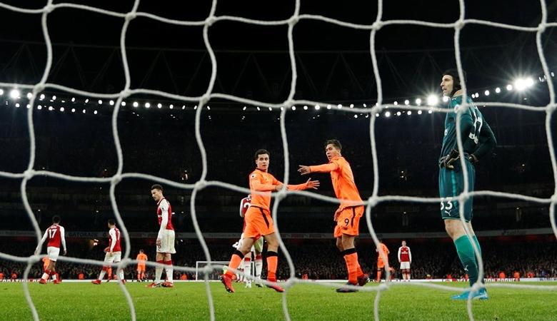 Arsenal Gemilang dalam 338 Detik