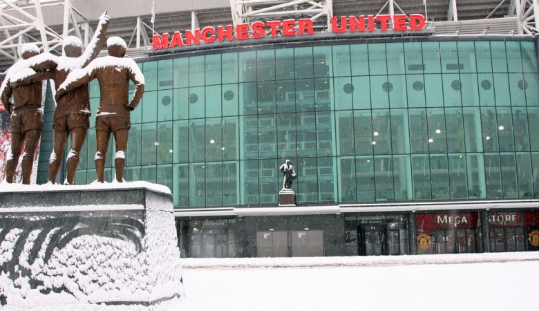 Manchester Derby dan Merseyside Terancam Karena Salju