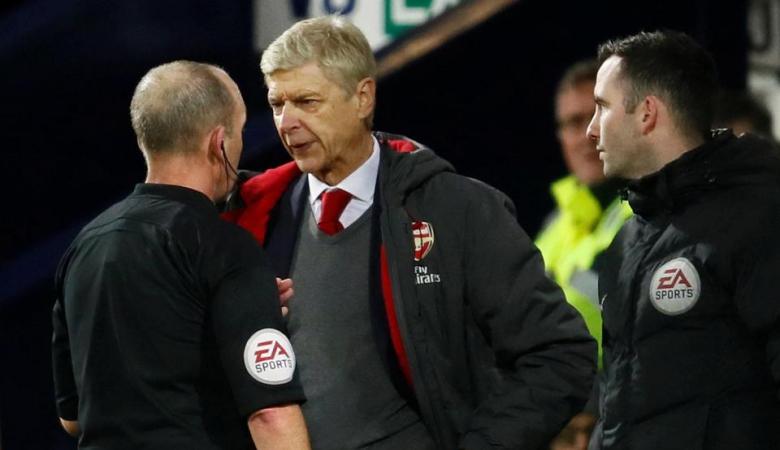 Arsene Wenger Dihukum Absen di Tiga Laga Arsenal