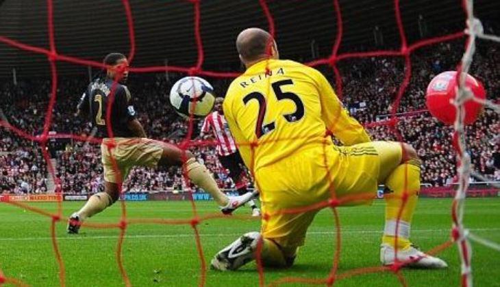 Insiden Bola Pantai Liverpool