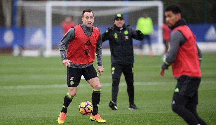 Meski Ada Tawaran dari Tiongkok, Terry Tegaskan Bertahan di Chelsea