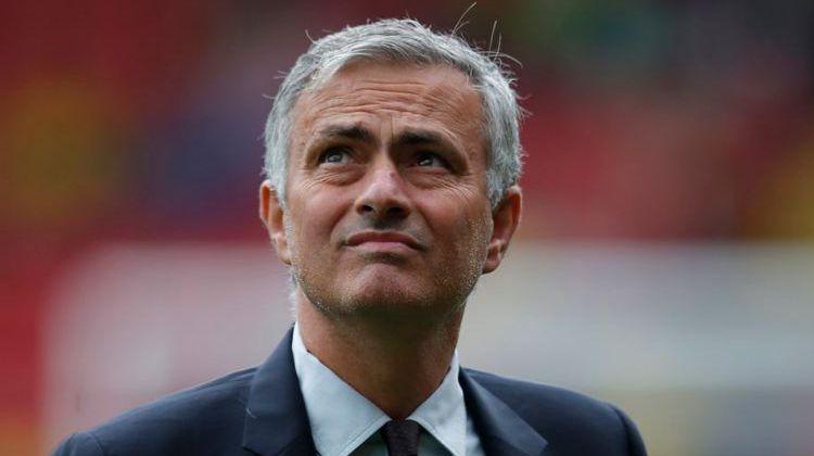 Ini Bukan Tentang Pogba atau Rooney, Tapi Tentang Mourinho
