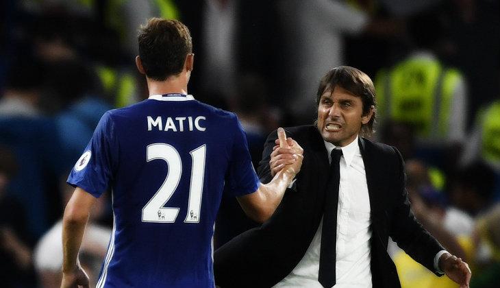Nemanja Matic di Antara Juventus dan Manchester United