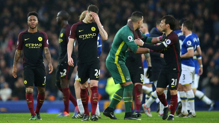 Direct Football Everton yang Menghabisi Possession Football City