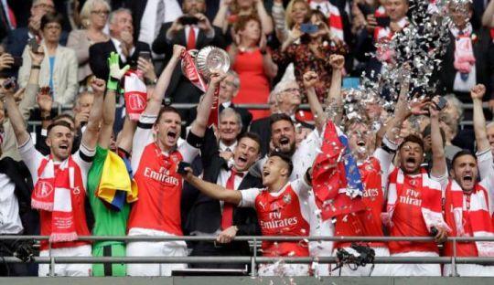 Piala FA ke-13 untuk Arsenal