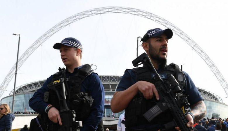 Chelsea dan Arsenal Batalkan Rencana Parade Perayaan