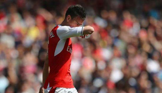 Laurent Koscielny Dipastikan Absen Pada Final Piala FA