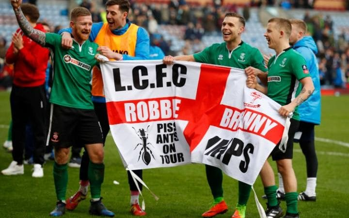 Lincoln City Cetak Sejarah di Piala FA