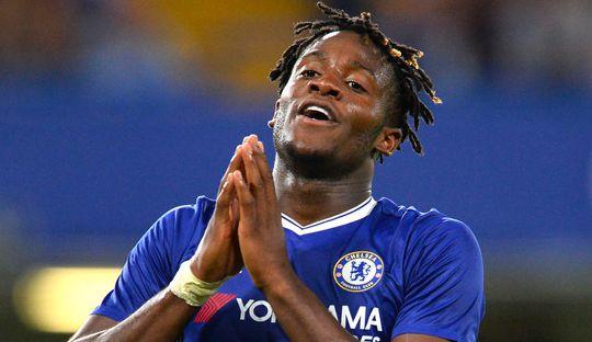 Batshuayi Siap Tinggalkan Chelsea Akhir Musim Nanti