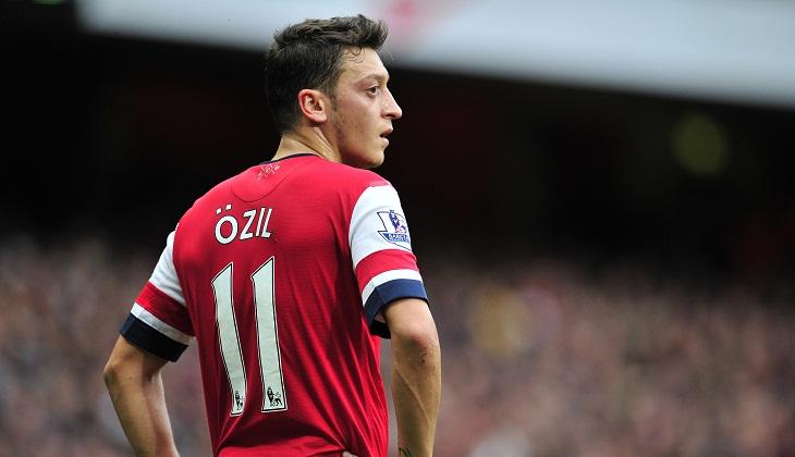 Ozil Ingin Mengenakan Nomor Punggung 10 di Arsenal