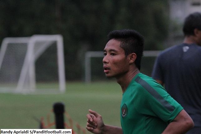 Evan Dimas Ingin Ukur Kemampuannya Jelang Piala AFF 2016