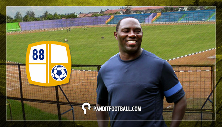 Jacksen F. Tiago Lebih Memilih Benahi Stadion Ketimbang Punya Marquee Player