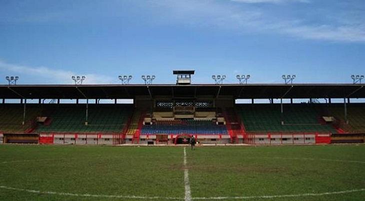 Memanjat Tembok Stadion Mattoanging dan Lembaran Ingatan Perihal PSM