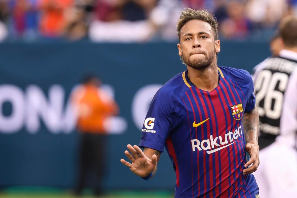 Daripada Satu Neymar, Lebih Baik Beli Satu Kesebelasan Saja