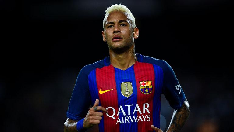 Neymar : Saya Bermain Untuk Sepakbola, Bukan Untul Ballon Dor