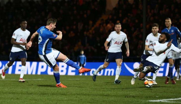 Gol Injury Time Membawa Rochdale Menuju Wembley