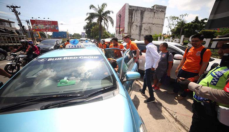 Borneo FC Terpaksa Gunakan Taksi ke Gelora Sriwijaya