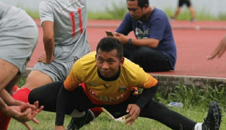 Awan Setho Catatkan Jumlah Penyelamatan Terbanyak dalam Satu Pertandingan di Liga 1