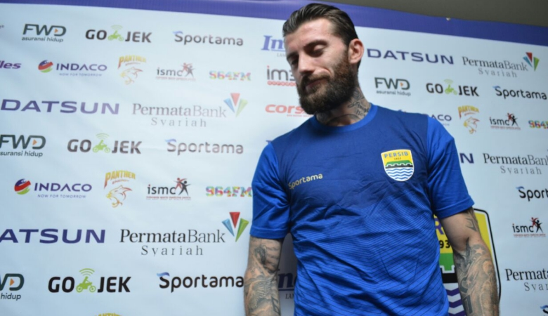Skuat Persib Bandung Didominasi Pemain Tua