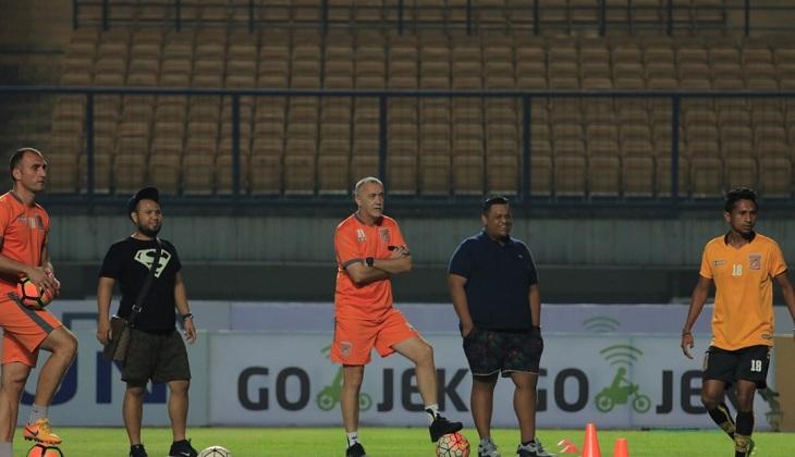 Dragan: Wasit Adalah Masalah Terbesar dalam Sepakbola Indonesia