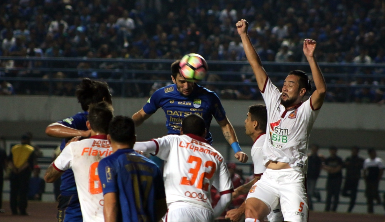 Persib Tanpa Essien dan Tony Saat Menghadapi Borneo FC