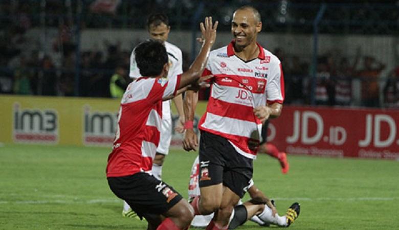 Mendapatkan Jatah Libur Pertandingan Terlama, Madura United Tetap Gelar Latihan Malam