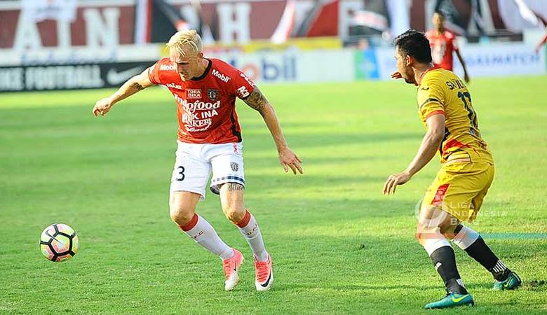 Pentingnya Peran Van der Velden dalam Kegemilangan Bali United dan Comvalius