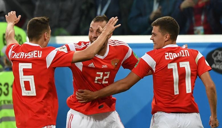 Rusia vs Mesir dalam Empat Nama