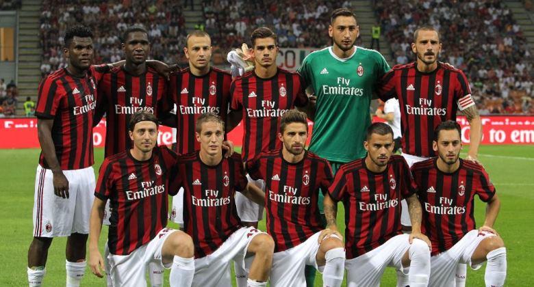 Milan Mencoba Memutus Dominasi Juventus di Serie A (dengan Uang)
