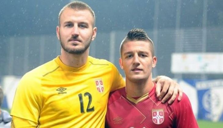 Man United Incar Dua Remaja Serbia