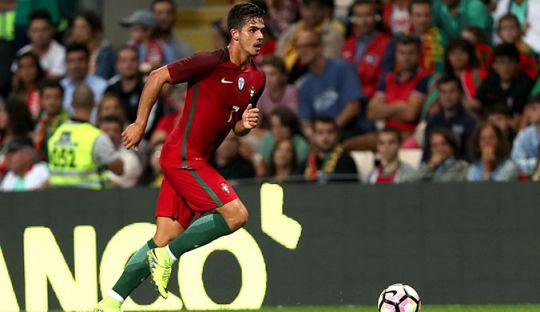 AC Milan Resmi Dapatkan Andre Silva