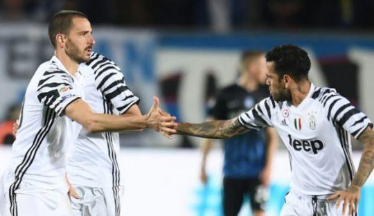 Mandzukic Bantah Cerita Pertengkaran Bonucci dan Alves