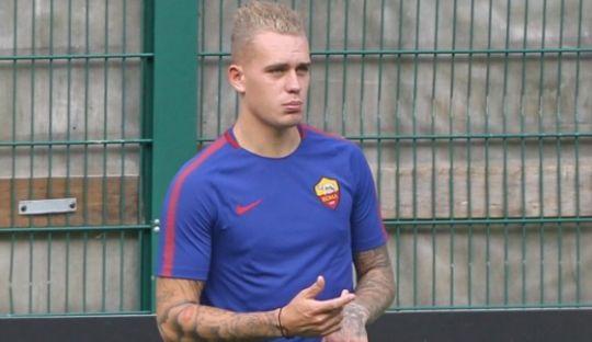 Sempat Diminati Barcelona, Ini Alasan Karsdorp Pilih AS Roma