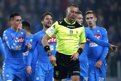 Keseimbangan Permainan Napoli yang Harus Diperbaiki Maurizio Sarri