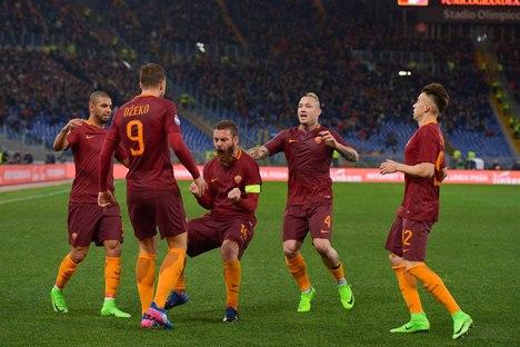 Roma Hancurkan Fiorentina Empat Gol Tanpa Balas